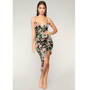 Dresses & Skirts - Tropical Print Asymmetrical Floral Summer Dress S